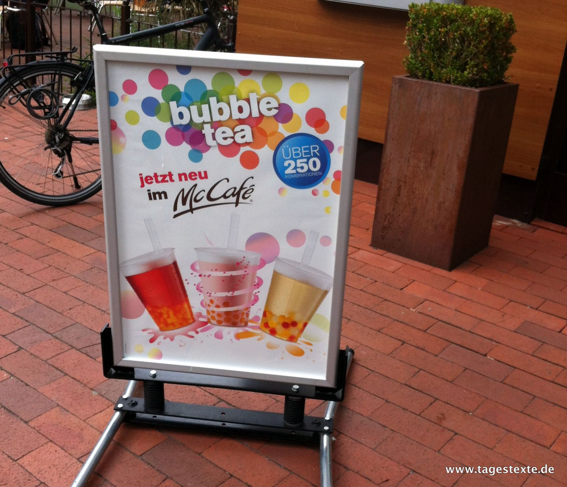 McCafé Bubble Tea Plakat